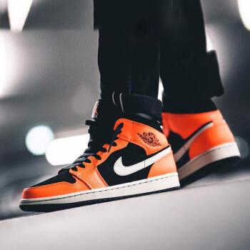 ナイキ男子靴nike Air Jordan Mid AJ 1 top 3オシドリスティッピング運動用バスケットボール靴554724 554724-022ボタン割れ禁止着用41
